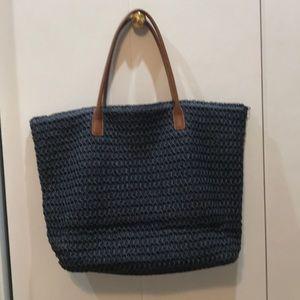 Women's navy straw tote bag
